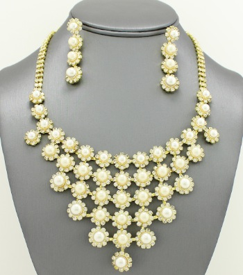 Bridal Rhinestone Crystal Bib Necklace