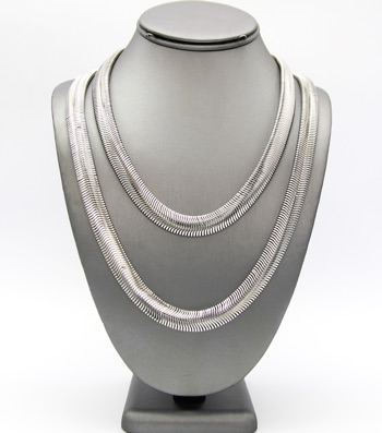 2-Row Falt Snakke Chain Necklace